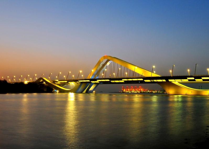 Sheikh_Zayed_Bridge.jpg